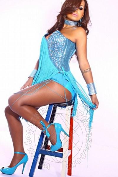Camilla Fox  PAVIA 3207134747