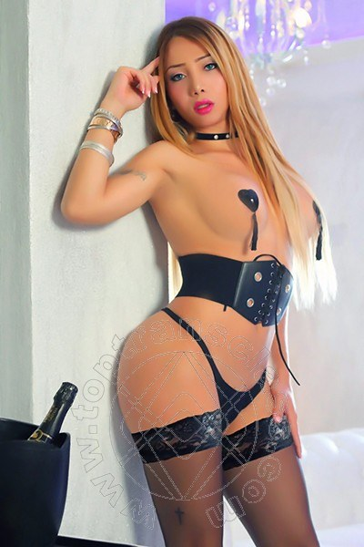 Olivia Pierson  FALERNA 3479167229